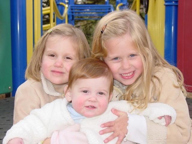 3girls2005